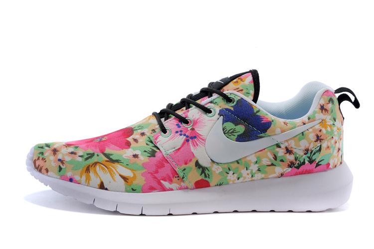 free shipping 15ffc a37ff Vente Chaude Nike Roshe Run Femme Fleur Prix Usine Jing449