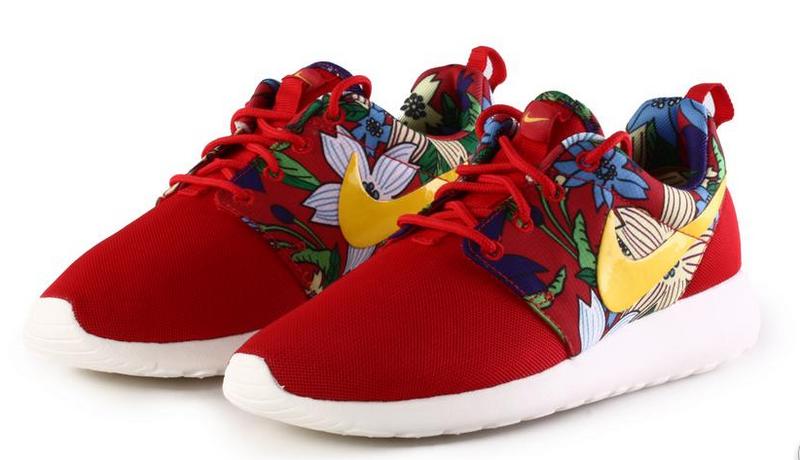 new concept d2b26 edf37 Vente Chaude Nike Roshe Run Femme Fleur En Ligne Jing474