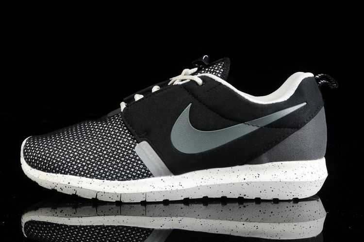sports shoes 92535 d5559 Nouveau Nike Roshe Run Homme Grossiste Jing650